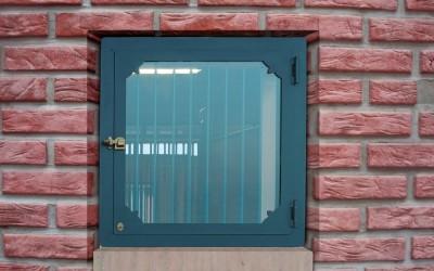 finestra 02